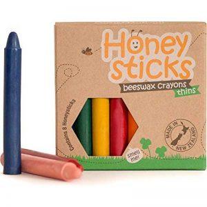 Boîte de 8 crayons fins Honeysticks 100% en pure cire d'abeille naturels et non toxiques, sûrs pour les tout petits (1 an et plus) comme les plus grands, faits main en Nouvelle-Zélande. Idéal pour l'apprentissage de l'écriture et la coordination des mouve image 0 produit