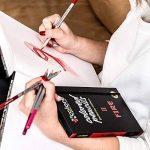 Colore - Crayons d'Édition dictionnaire - Ensemble de 60 crayons de couleur Prime Pré-taillés pour dessiner des pages à colorier - Un super équipement d'art scolaire pour enfants et adultes - Livres à colorier - 60 couleurs vibrantes de la marque Coloured image 4 produit