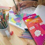 Crayons de couleur pour des livres de coloriage pour adulte. Incroyable Crayons de couleur pour adultes et enfants. Amerigo Lot de 36Couleurs + Taille-crayon gratuit. doux Cœur. Excellent également Crayons pour les enfants. de la marque Amerigo image 1 produit