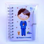 Lot de 30 carnets avec stylo de première communion de garçon à offrir aux invités de la marque Parainvitados image 1 produit