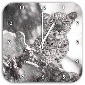 petit léopard curieux effet de dessin au fusain de l'arbre, le diamètre de l'horloge murale 28cm avec le blanc a les mains et le visage, des objets de décoration, Designuhr, composite aluminium très agréable pour salon, bureau de la marque Stil.Zeit image 0 produit