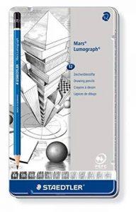 Staedtler - Mars Lumograph 100 - Boîte Métal 12 Crayons Graphite Assortis (6B/5B/4B/3B/2B/B/HB/F/H/2H/3H/4H) de la marque Staedtler image 0 produit
