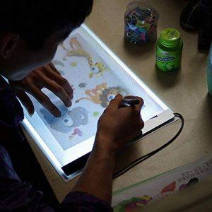 Tablette de Dessin Lumineuse LED Acrylique A4 Pour Enfants, Planche à Dessin A4 Panneau Tablet Dessin Table à Dessiner Plaque, Super Mince, Alimenté par USB, Luminosité Réglable Librement. de la marque image 0 produit