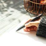 ❤️ VALERY - Stylo-Bille en Carbon Inoxydable I Stylo à Bille Rechargeable Pointe Moyenne I Stylo à bille non rétractable I Elegant et Classique I Idée cadeau - Gris de la marque VALER image 2 produit
